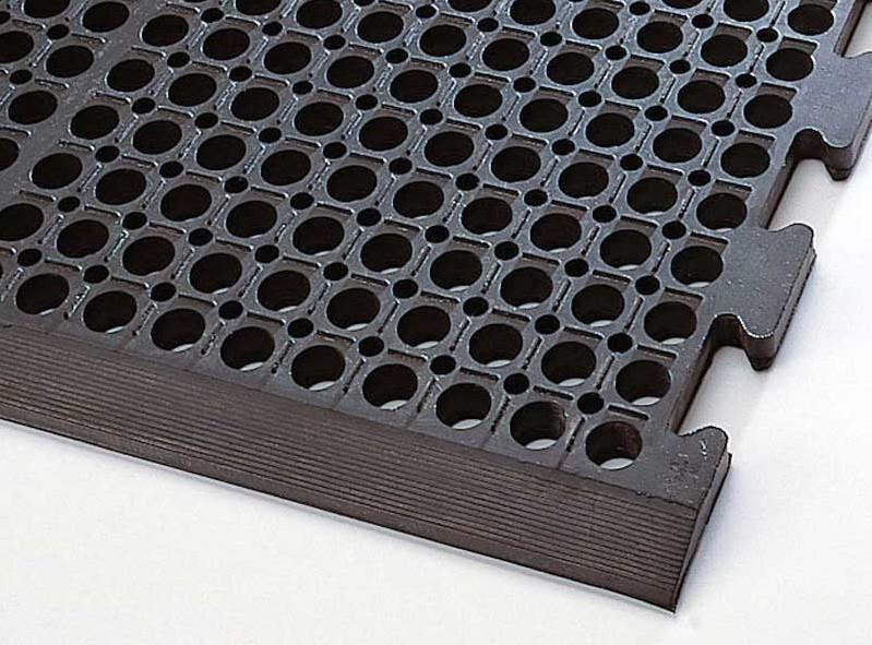 tapis caillebotis caoutchouc norme handicap ids. Black Bedroom Furniture Sets. Home Design Ideas