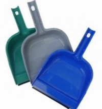 Pelle plastique clip manche avec languette
